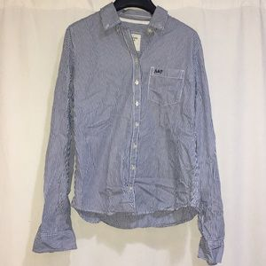 Abercrombie & Fitch Tops - ABERCROMBIE & FITCH STRIPED BUTTON UP